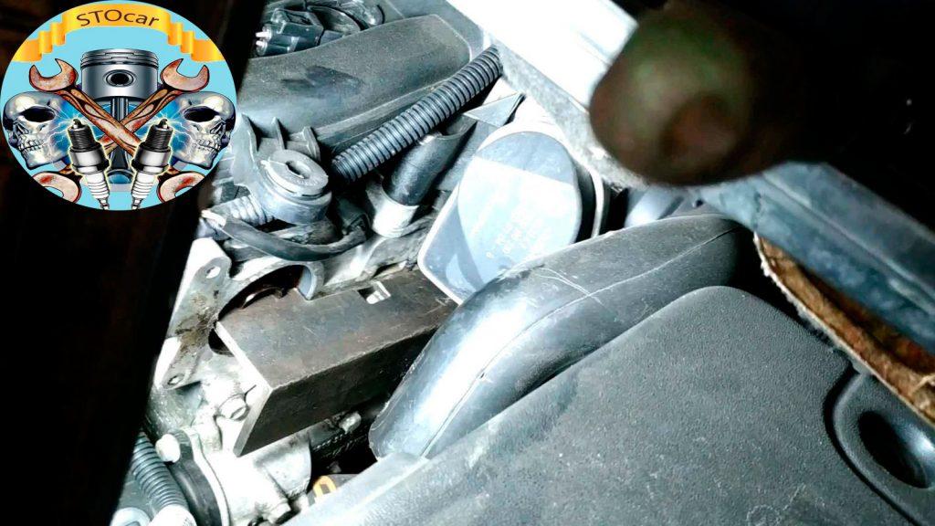 Замена ремня ГРМ, помпы на Renault Scenic двигателем 1.6.